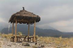 Cabaña de la montaña fotografía de archivo libre de regalías
