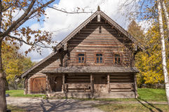 Cabaña de madera Fotos de archivo libres de regalías