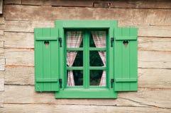 Cabaña de madera romántica Fotos de archivo