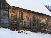Cabaña de Wodden en las montañas Imagen de archivo