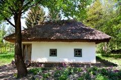 Cabaña del ucraniano del viejo estilo Fotografía de archivo libre de regalías