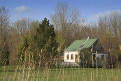 Cabaña en el país Fotos de archivo