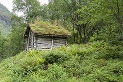 Cabaña en las montañas Imagenes de archivo