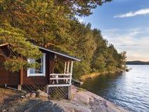Cabaña idílica al lado del mar Báltico Fotografía de archivo libre de regalías