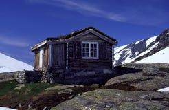Cabaña vieja. Imagen de archivo libre de regalías
