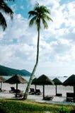 Cabañas en la playa Fotos de archivo libres de regalías