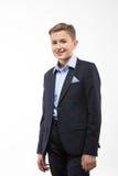 Caballero del adolescente del muchacho en un traje Imagenes de archivo