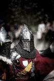 Caballero en un torneo medieval Batalla medieval y x28; reconstruction& x29; Fotografía de archivo