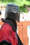 Caballero medieval antes de la batalla Fotos de archivo libres de regalías