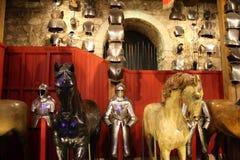 Caballeros en armadura brillante en la torre de Londres foto de archivo libre de regalías
