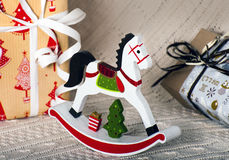 Caballo de madera del juguete de la Navidad Fotografía de archivo