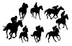 Caballo de montar a caballo -   Fotografía de archivo libre de regalías
