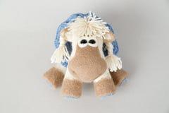 Caballo del juguete en un regalo Imagenes de archivo