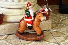 Caballo mecedora de Papá Noel Imagen de archivo libre de regalías