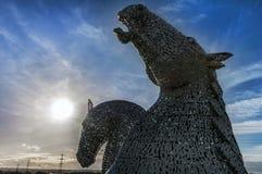 Caballos de fuerza - los Kelpies - escultura gigante del caballo fotografía de archivo