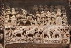 Caballos y elefante corteses maravillosamente tallados de la escena Fotografía de archivo libre de regalías