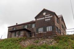 Cabana alpina Edmund-Probst-Haus imagens de stock royalty free