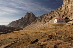 Cabana da montanha Imagens de Stock Royalty Free