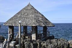 Cabana da vista para o mar imagens de stock
