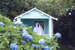 Cabana de Ghost imagens de stock royalty free