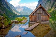 Cabana de madeira no lago Obersee Foto de Stock Royalty Free