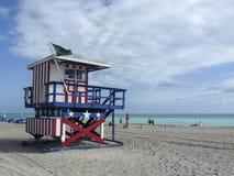 Cabana do protetor de vida na praia sul do ` s de Miami Imagens de Stock Royalty Free