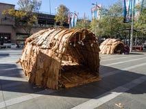 Cabana dos abor?gene de Austr?lia, uma cabana constru?da pelos australianos nativos feitos geralmente das folhas do rattan, das f imagens de stock