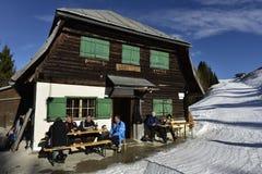 Cabana Dreilaendereck da montanha (país Cornder) do =Three, Áustria Fotografia de Stock Royalty Free