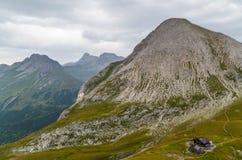 Cabana Kaiserjochhaus da montanha nos cumes de Lechtal, Tirol norte, Áustria Fotos de Stock