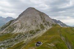 Cabana Kaiserjochhaus da montanha nos cumes de Lechtal, Tirol norte, Áustria Imagens de Stock