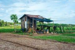 Cabana na exploração agrícola estilo de vida do campo em Tailândia Asiático Foto de Stock