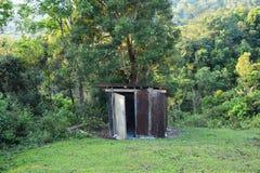 Cabana pequena com zinco Imagens de Stock Royalty Free