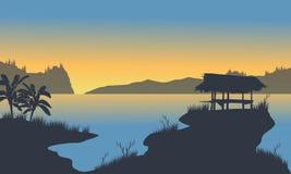 Cabana pequena no lago Foto de Stock Royalty Free