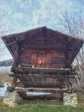 Cabana rústica de madeira de madeira Fotos de Stock Royalty Free