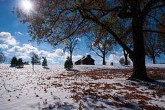 Cabanas após a neve fotos de stock
