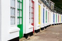 Cabanas coloridas da faia Fotografia de Stock Royalty Free
