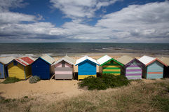 Cabanas coloridas na praia, Austrália da praia Foto de Stock Royalty Free