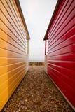 Cabanas da praia de Calshot, Hampshire, Reino Unido fotos de stock