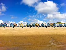 Cabanas da praia em Vlissingen, Zeeland imagens de stock