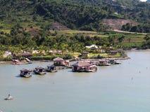 Cabanas na wodzie w Złocistym zatoczka rejsie przesyłają w Puerto Plata, republika dominikańska Obrazy Royalty Free