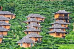 Cabanas tradicionais na montanha foto de stock