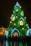 Cabane dans un arbre de Noël à Vilnius Photo libre de droits