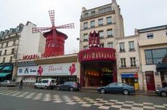 Cabaret ρουζ Moulin στο Παρίσι, Γαλλία Στοκ εικόνα με δικαίωμα ελεύθερης χρήσης