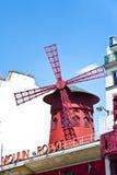 Cabaret Moulin Rouge en París Foto de archivo