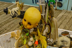 Cabeça da boneca e as probabilidades e as extremidades foto de stock