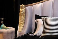 Cabeça da cama e da tabela de noite Fotografia de Stock Royalty Free