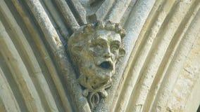 Cabeça da mísula na parte dianteira ocidental da catedral E de Salisbúria imagem de stock royalty free