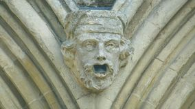Cabeça da mísula na parte dianteira ocidental da catedral K de Salisbúria foto de stock royalty free