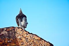 Cabeça de Buddha no templo Wat Yai Chai Mongkol Imagens de Stock