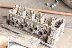 Cabeça de cilindro do motor Fotografia de Stock
